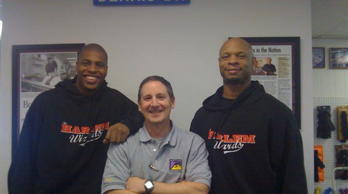 Harlem Wizards Visit Active Physical Therapy Solutions